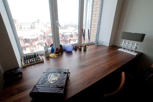 Оригинальный стол-подоконник