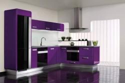 Темная кухня в фиолетовом цвете