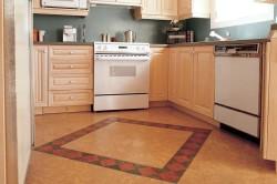 Пример пробкового пола на кухне