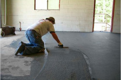 Выравнивание пола цементной смесью