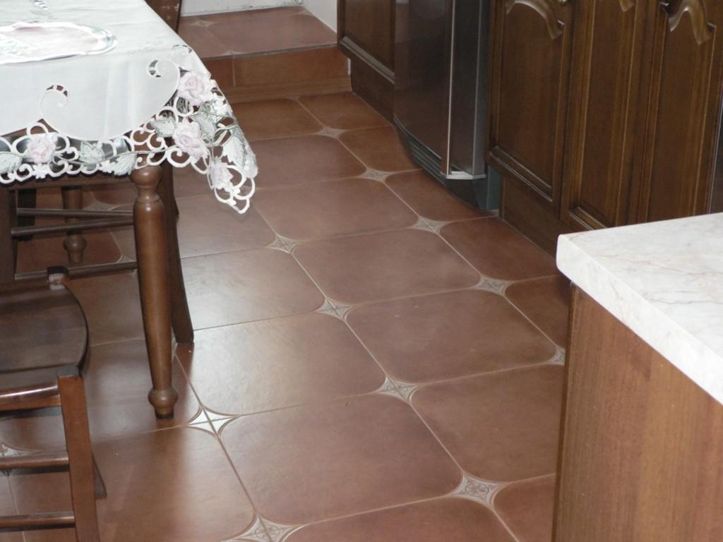 схема раскладки плитки на полу
