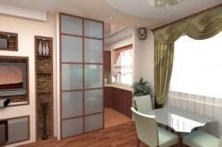 Раздвижные двери на кухне