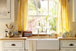 Классическая кухня в деревенском стиле