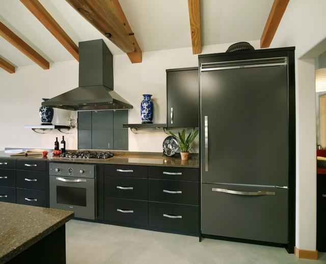 Стиль хай тек в дизайне кухни