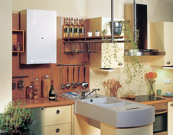 Газовый котел, подобранный под стиль кухонной мебели