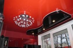 Окрашивание потолка в разные цвета