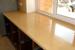 Складной стол на маленькой кухне