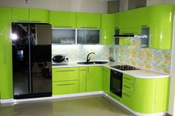 Пример кухни в стиле хай-тек