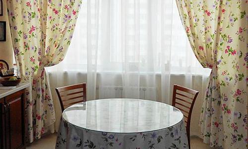 Классические кухонные шторы