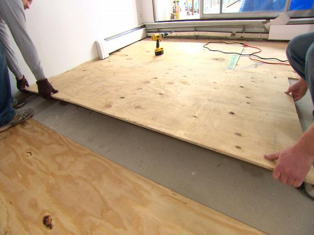 что постелить на бетонный пол под линолеум